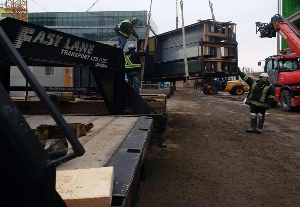 Trucking Company | Trucking Fleet | Edmonton AB | Fast Lane Transport Hot & Shot
